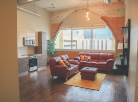 Touchless 1 Bedroom Loft Downtown Dallas, vacation rental in Dallas