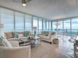 Chic Condo on the Coast Steps to Beach!, vacation rental in Biloxi