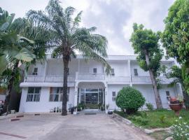 OYO 596 Casa Vista Blanca Inn, hotel in Puerto Princesa