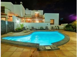 Casa de Paz, cottage in Playa Blanca