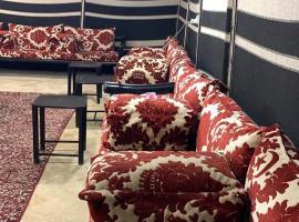 مخيم اسامهvib, luxury tent in Riyadh