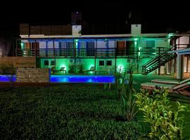 Hotel CHIHUAHUA MANDALA BEACH, hotel in Punta del Este