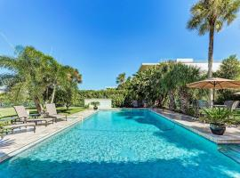 Gated Waterfront Estate with Private Pool & Dock home, villa in Sarasota