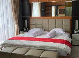 Platinum Setramurni Guest House Bandung 3BR, pet-friendly hotel in Bandung