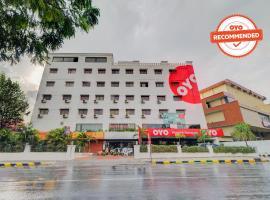 OYO Flagship 469 Kachiguda Railway Station, hotel near Rajiv Gandhi International Airport - HYD, Hyderabad