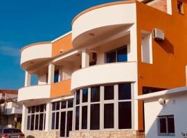Hotel Sejla, hotel u Dobroj Vodi