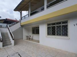 Residencial Dona Maria (APARTAMENTO 01), apartment in Bombinhas