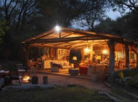 Tshilli Farm Lodge, lodge in Maun