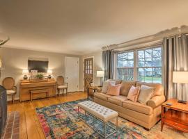 Contemporary Home near Kenwood Towne Centre!, vacation rental in Cincinnati