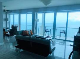 Penthouse in the sky, pet-friendly hotel in Miami Beach