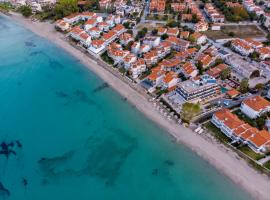 Greek Pride Seafront Hotel, hotel in Skala Fourkas