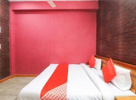 OYO 77443 Hotel Green, hotel en Faridabad