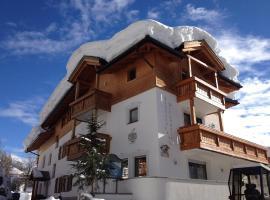 Pension Mirandola, hotel in Colfosco