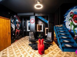 Very Bad Hootel – hotel w Kownie