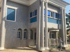 BLUE PALAZZO HOTEL, hotel en Abuja