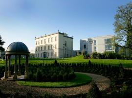 Dunboyne Castle Hotel & Spa, hotel in Dunboyne