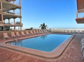 Chateaux by Florida Lifestyle Vacation Rentals, villa in Clearwater Beach