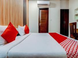 OYO Flagship 77503 Royal Residency, hotel en Faridabad