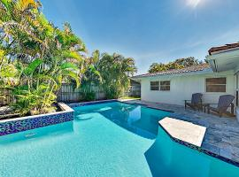 Renovated Coral Ridge Home with Pool, Grill & Spa home, villa in Fort Lauderdale