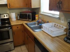 Haven Furnished Extended Stay - Whole Unit Sleeps 6, hotel near Tyndall Air Force Base, Panama City