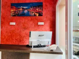 Venice Tour, hotel in zona Stazione di Venezia Mestre, Mestre