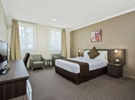 Comfort Hotel Dandenong, hotel near Moorabbin Airport - MBW, Dandenong