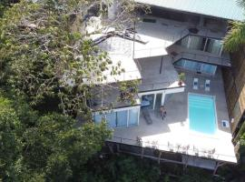 Vista Ocean Suites Boutique Hotel Event Venue Manuel Antonio, hotel in Manuel Antonio