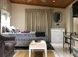 Rest and Rise, hotel near The Mall at Scottsville, Pietermaritzburg