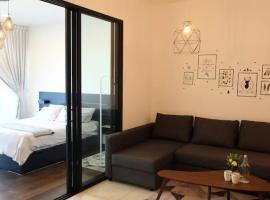Almas Puteri Harbour/Nusajaya Suite room Exclusive Room 5 min to Legoaland, apartment in Nusajaya