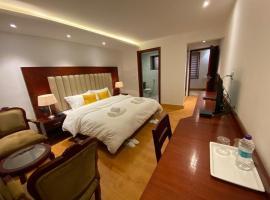 HOTEL MOONLAND, hotel in Leh