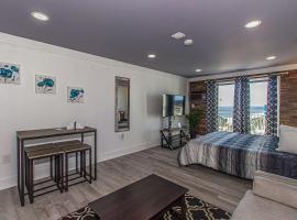 Beautiful Ocean View Studio Sea Mist Resort 51503 Updated King Suite, villa in Myrtle Beach