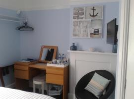 South Rising Guest House, hotel near Brownsea Island Nature Reserve, Poole