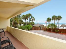 Condo 101 Experience Paradise in this exquisite BEACHFRONT 2BRs 2Baths right on the No 1 US Beach, apartment in Sarasota