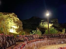 مزرعة عذّبة, resort village in Al-ʿUla