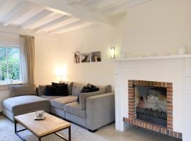 Luxe vakantie Villa dichtbij strand en bos OK08, appartement in Oostkapelle