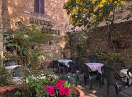 Hotel Berti, hotel in Assisi