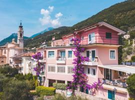 Hotel Villa Europa, отель в Гарньяно