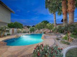 Scottsdale Luxury Oasis with Lagoon Pool, villa in Phoenix