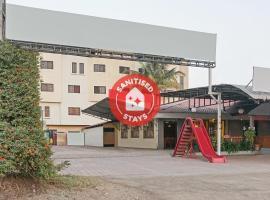OYO 29114 Suraj Residency, hotel in Shirdi