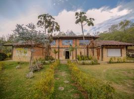 Mitanni Lodge, hotel in Suesca
