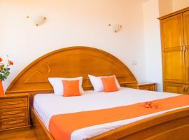 Family Hotel Elegance, hotel in Arbanasi