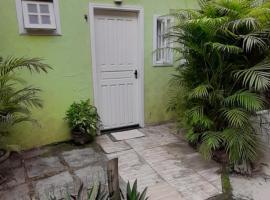 Loft Casinha verde Ilha Grande, apartment in Abraão