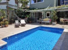 Casa de Amora, Conforto e Beleza em meio a Natureza, hospedagem domiciliar em Florianópolis