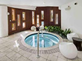 NEW 2/2 Luxury Downtown Tampa Apt, vacation rental in Tampa