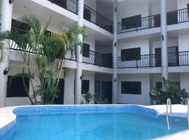 Apartamentos Palmas Doradas, hotel in Jacó