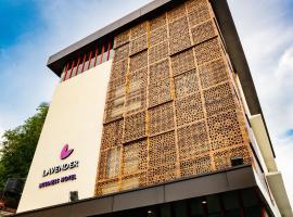 Lavender Infopark Kochi, hotel in Kakkanad
