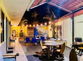Mirasol, hotel in Jacó