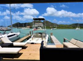 Best of the Best Views, Luxury 2BR , Walk to Beach, villa in Jolly Harbour