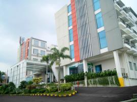 V Hotel & Residence, hotel near Husein Sastranegara Airport - BDO, Bandung