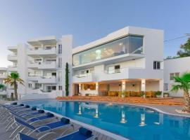 Ferrera Beach y Ferrera Suites anexo, apartment in Cala d´Or
